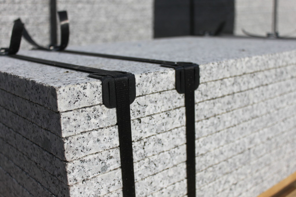 płyty z granitu