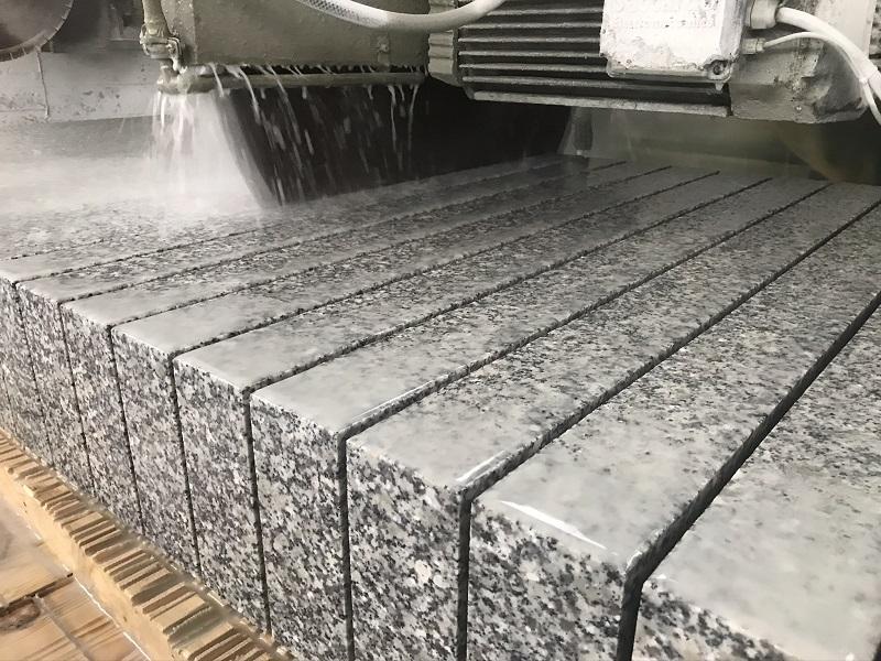 opornik granitowy 8x30 cm